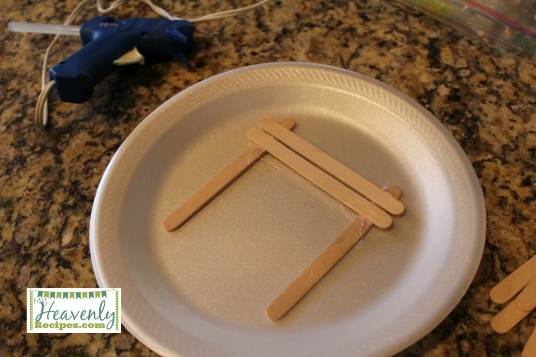 Glue Popsicle Stick