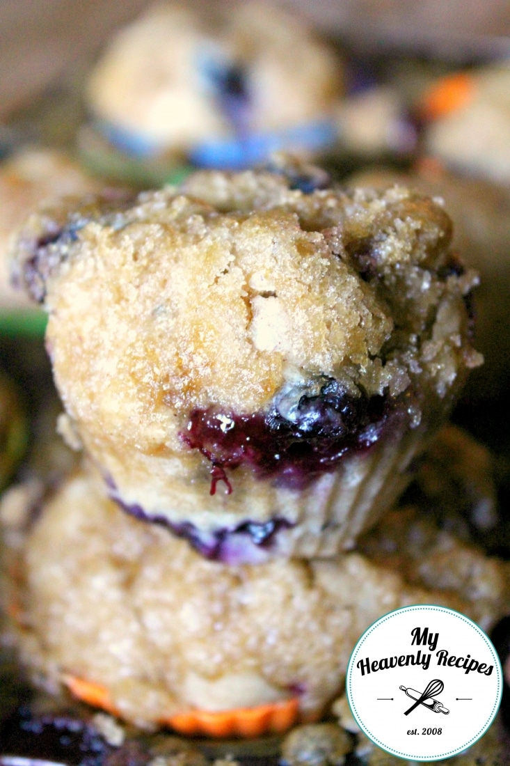 Blueberry Muffins with Brown Sugar Topping