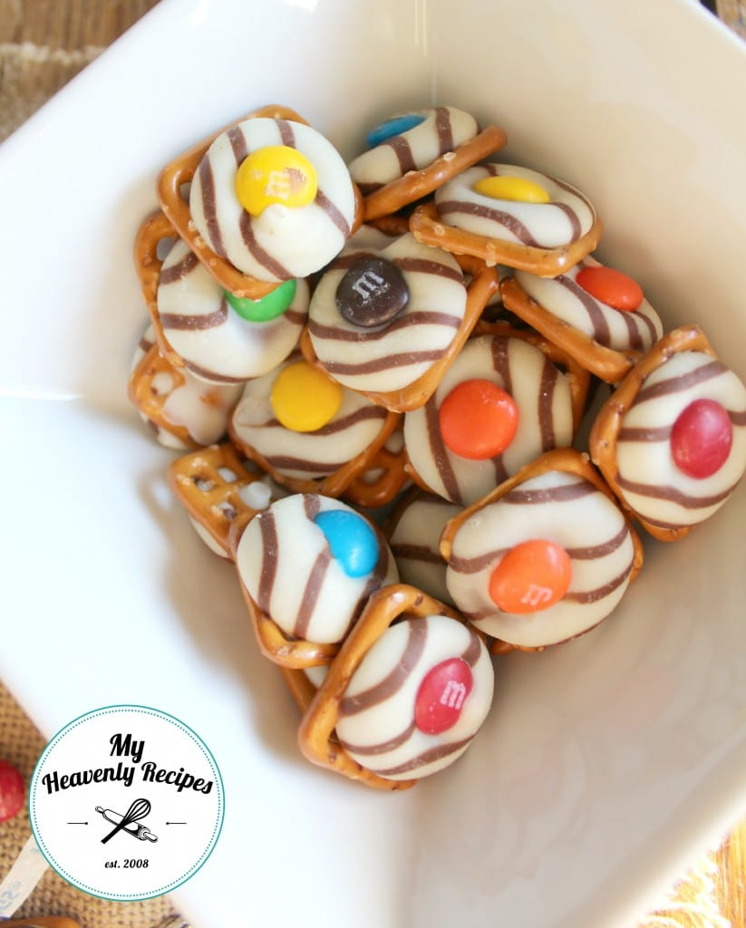 Bowl of Hershey Kiss Pretzels