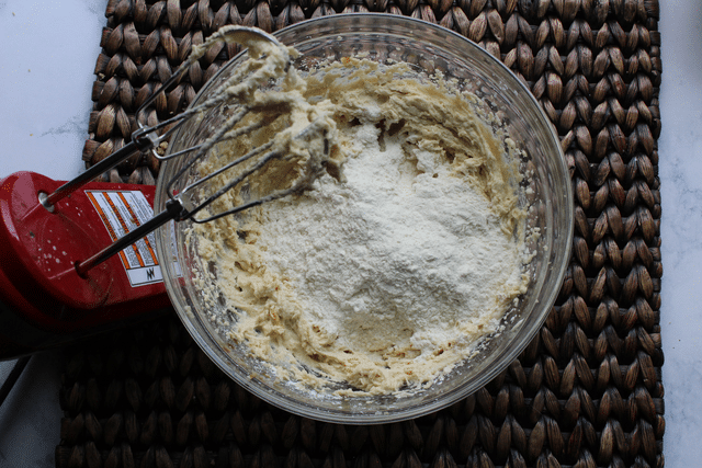 incorporate flour into cookie dough