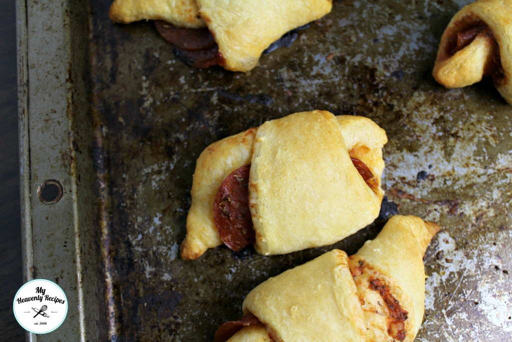 crescent rolls stuffed with pepperoni and cheese