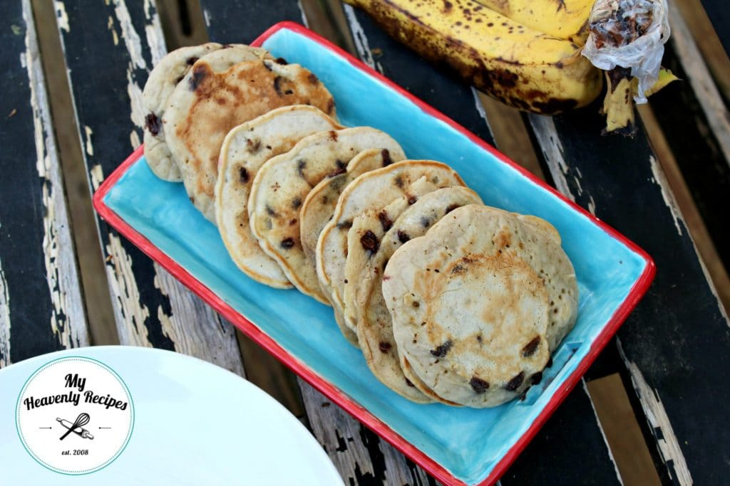 Healthy Pancakes with Banana and Chocolate Chips