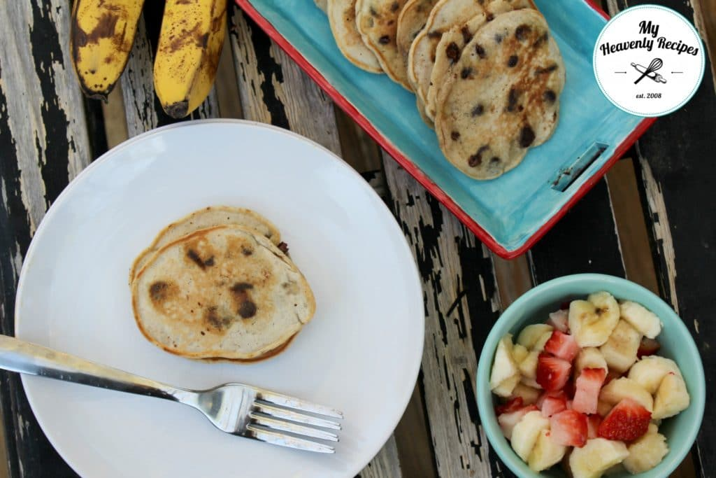 Homemade and Healthy Pancakes with Banana and Chocolate Chips