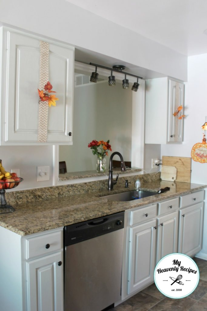 affordable-way-to-decorate-cabinets-2