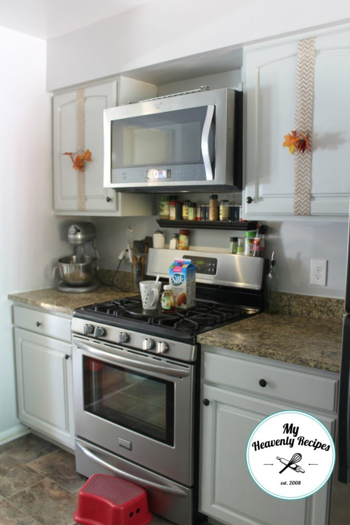 fall-kitchen-cabinet-decorating