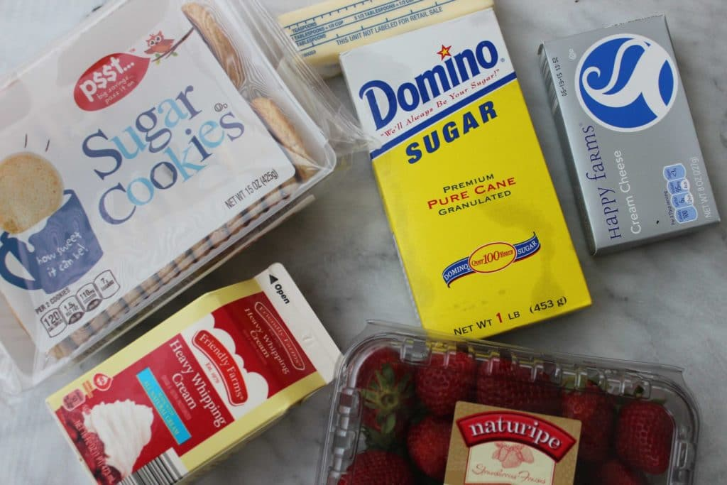 Strawberry Crunch Bar Ingredients are super simple.