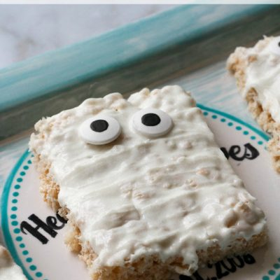 Mummy Rice Krispies are a spooky treat while being delicious!