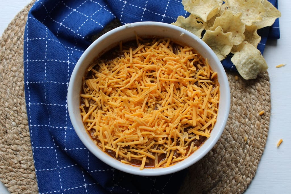 chili with cheese on top