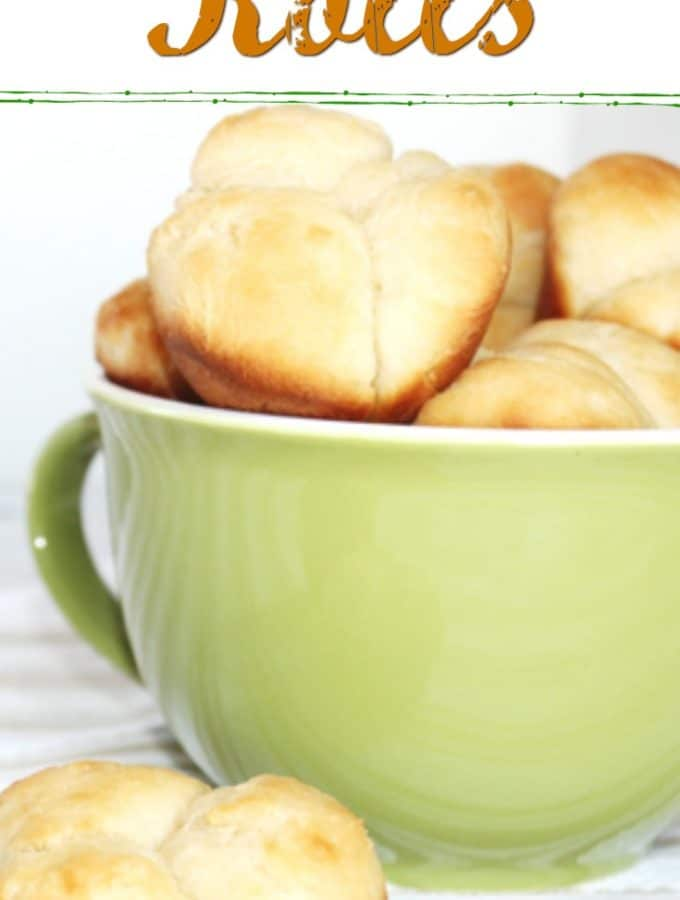 pull apart rolls in green bowl and napkin facebook image