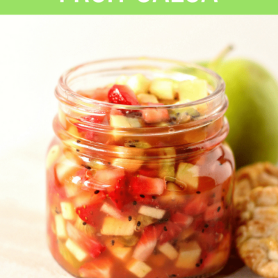 Quick, versatile and healthy ‒ this salsa recipe is great to pair with savory meals and combined to create sweet treats! #fruitsalsa #appetizer #salsa #fruit #summerfood #summerrecipe #easyrecipe #healthy #cleanfood #cleaneating #healthyeating