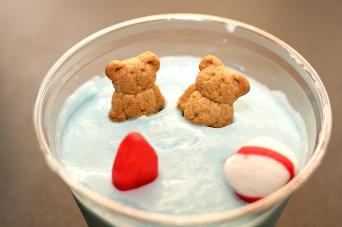 Family bonding in the kitchen is a shoo-in when making these Beachy Pudding Cups!