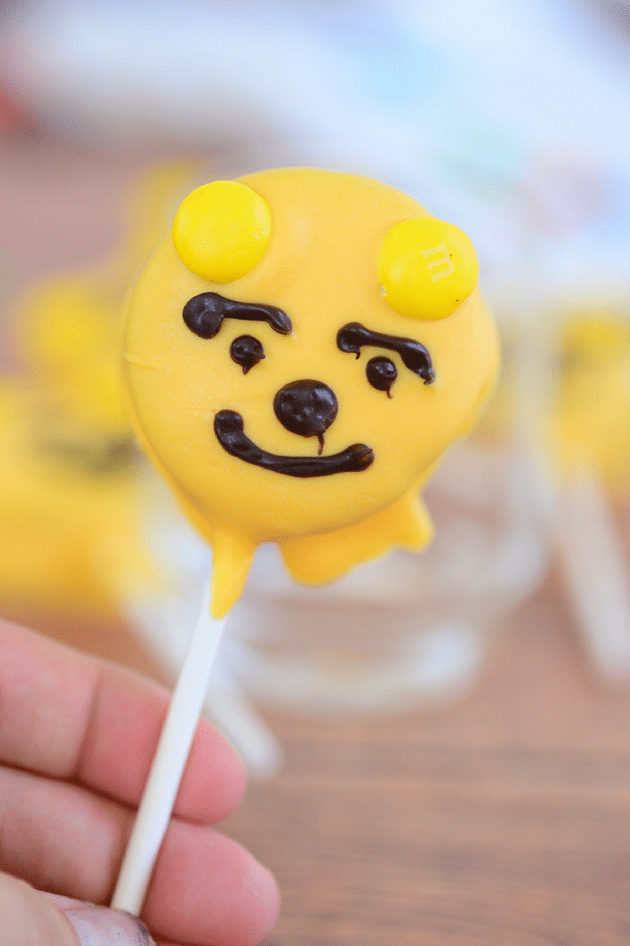 These Winnie The Pooh Oreo Pops are perfect for themed parties! Whether it's your son or daughter's birthday coming up or if they just simply adore Winnie The Pooh, these Oreo pops are a wonderful addition to your list of special treats.