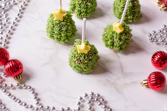 Christmas tree shaped cake pops, ornaments