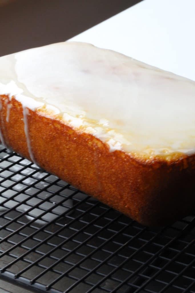 starbucks lemon loaf recipe with glaze on top
