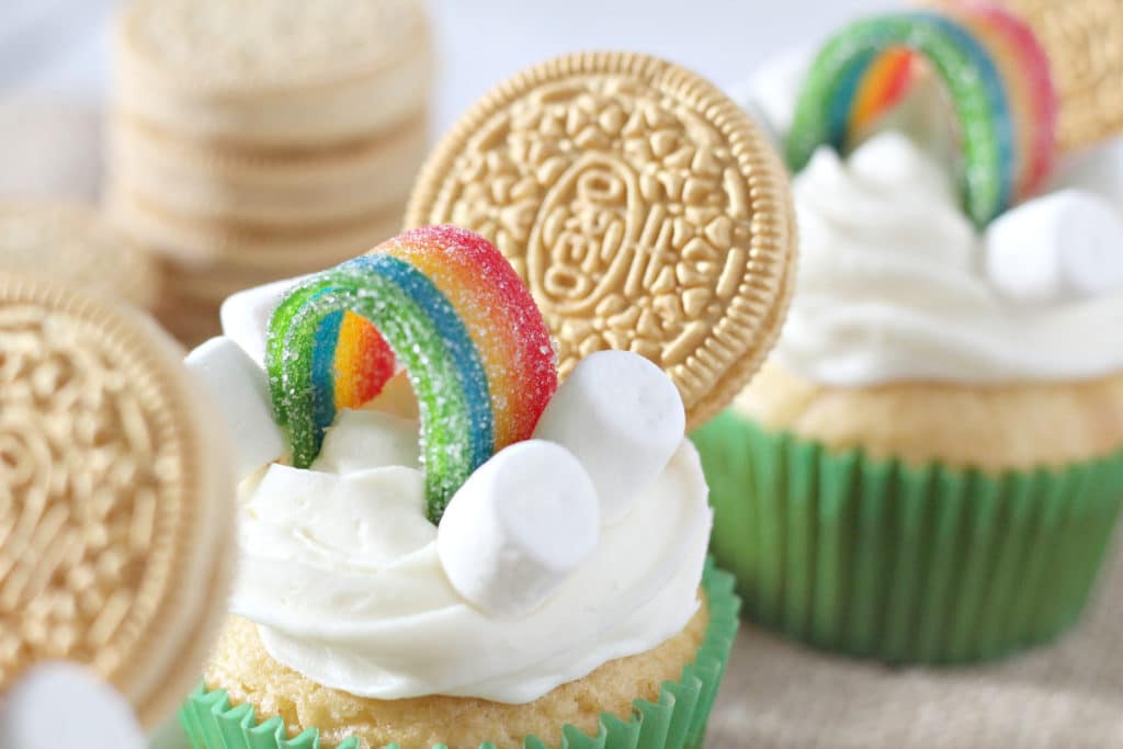 horizontal picture of St. Patrick's Day cupcakes