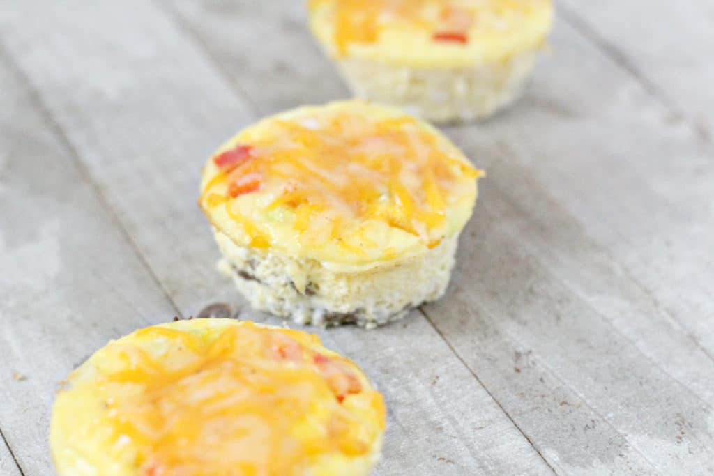 3 breakfast keto taco cups