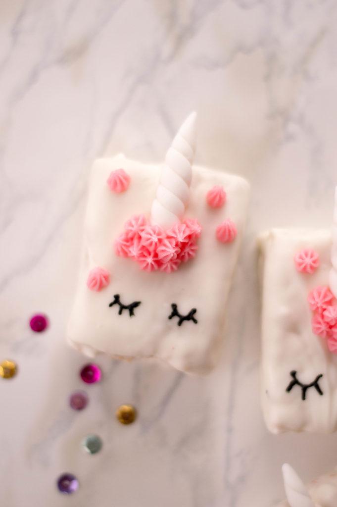 upclose unicorn treat