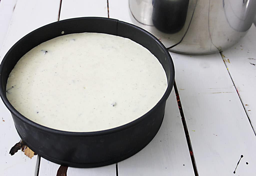oreo cheescake in the pan before being cooked