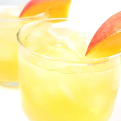 easy mango vodka cocktail