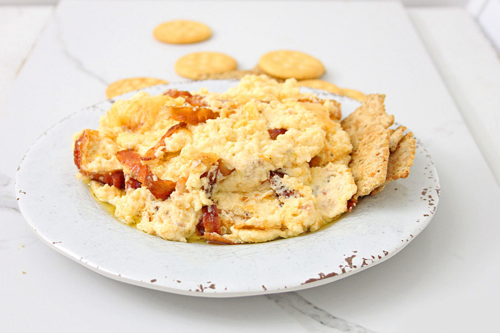 Dip in a bowl with crackers