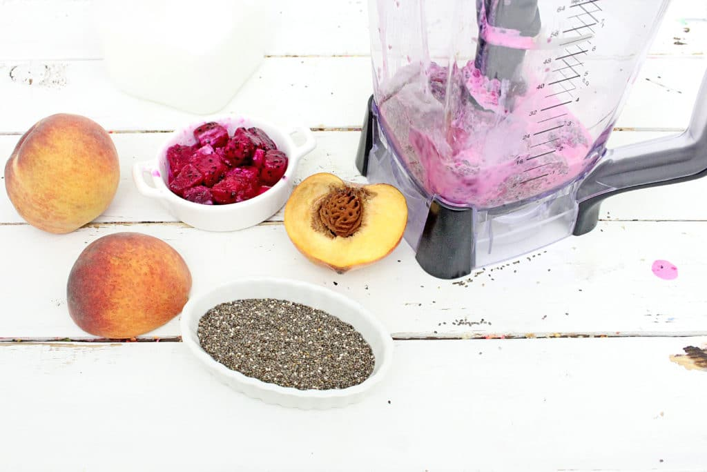 dragon fruit in blender with smoothie with dragon fruit ingredients