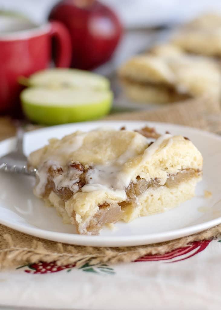apple pie bar showing the inside