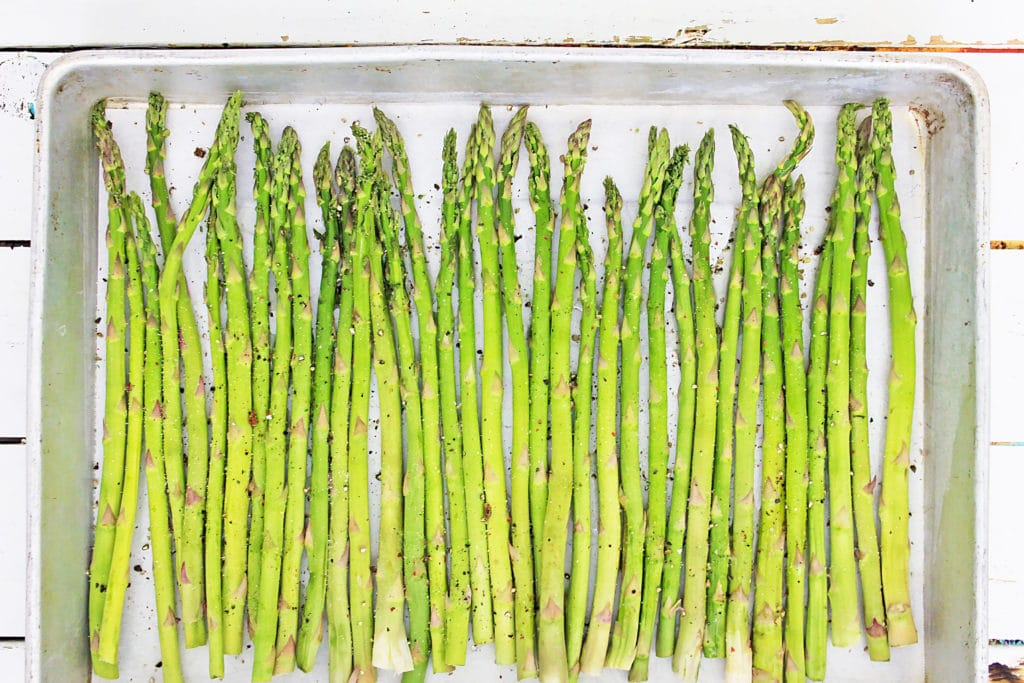 asparagus on a cookie sheet