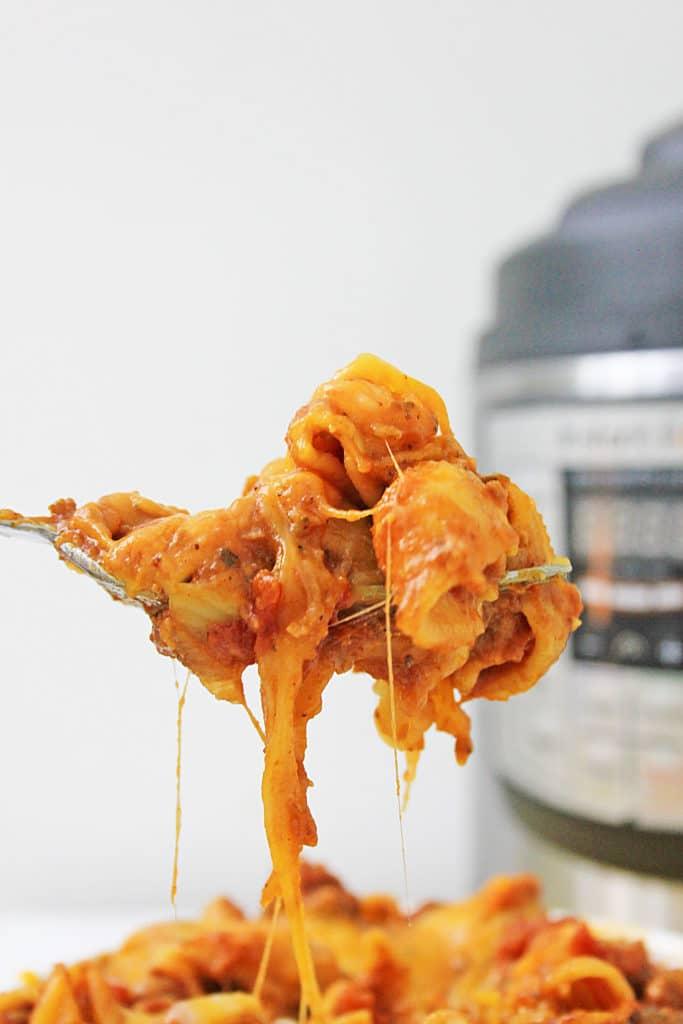 forkful of chili mac