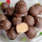 4 Ingredient Peanut Butter Balls - No Bake Recipe