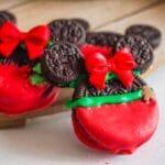 Minnie & Mickey Mouse Christmas Oreos